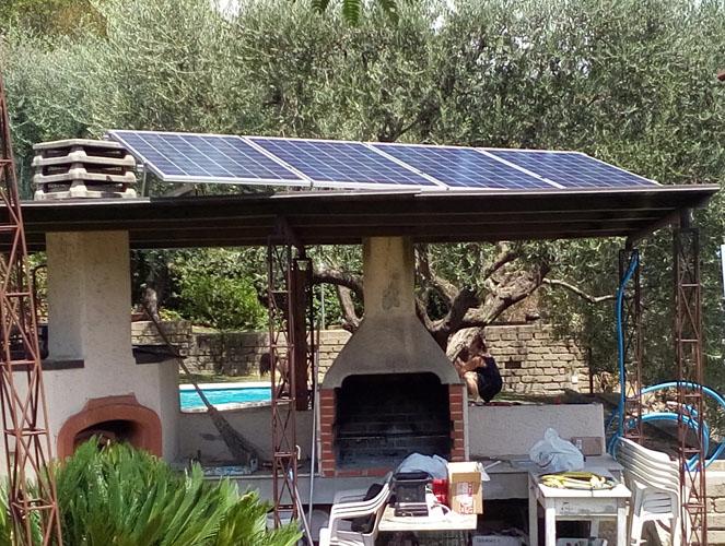 Aquelio, veduta dei moduli fotovoltaici