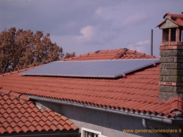Impianto fotovoltaico su falda inclinata